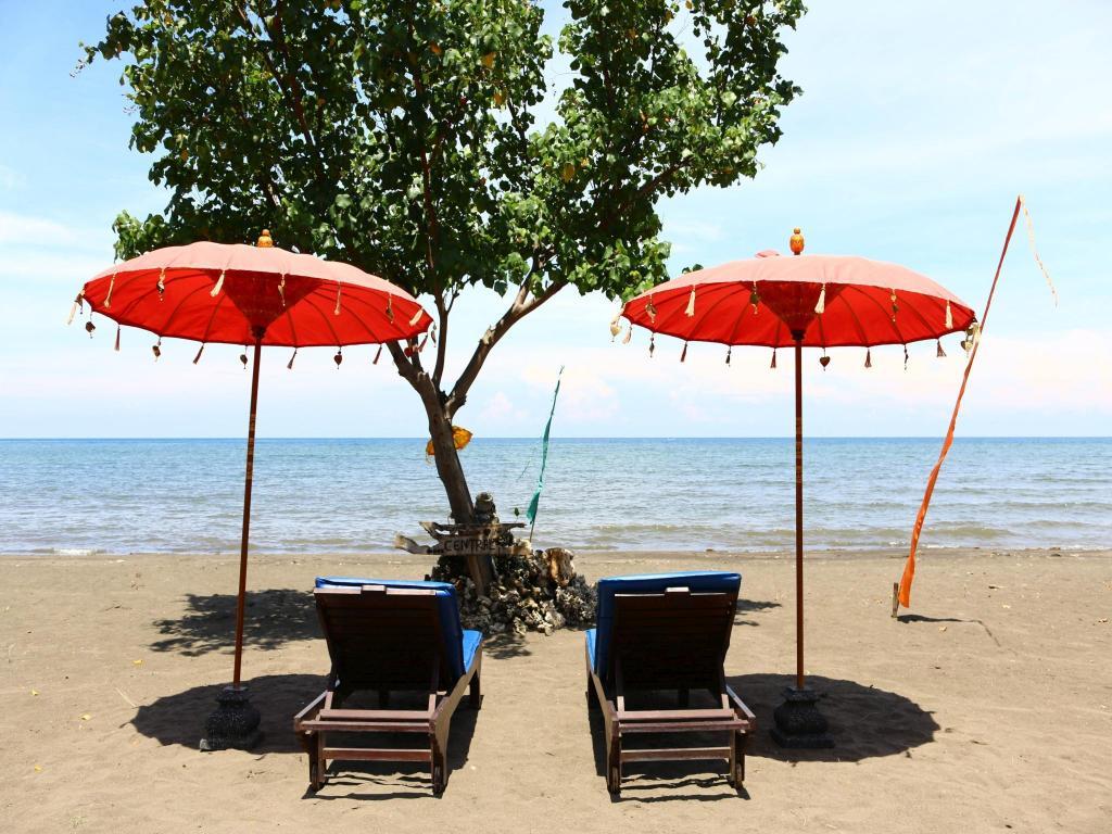 best price on 2bed beachfront pool house at lovina