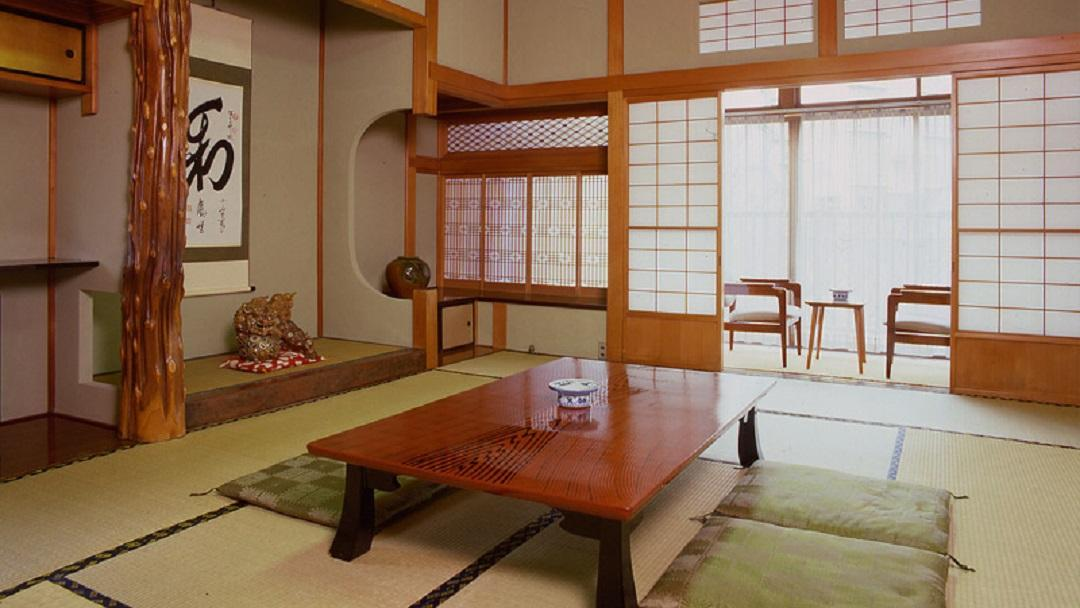 日式客房 - 有專用衛浴 (Japanese Style Room with Private Bathroom)