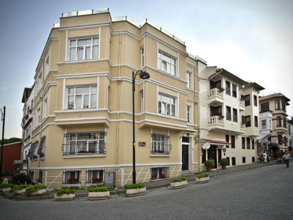 More about Hotel Sari Konak