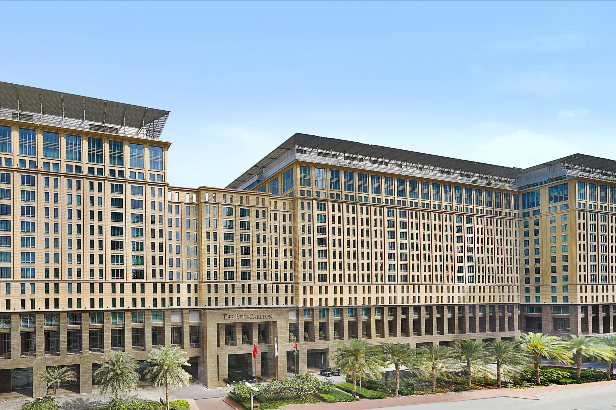 Royal, Suite, 1 King, DIFC Gate view