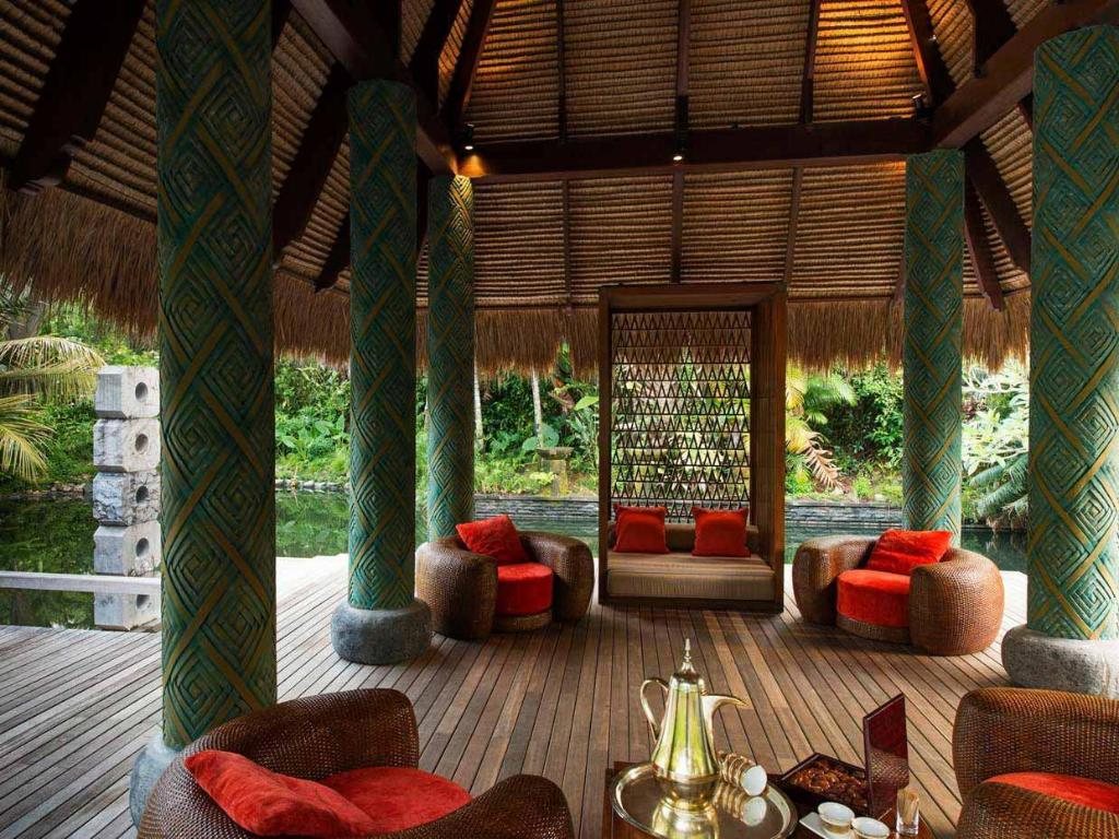 Foyer Maia Luxury Resort and Spa