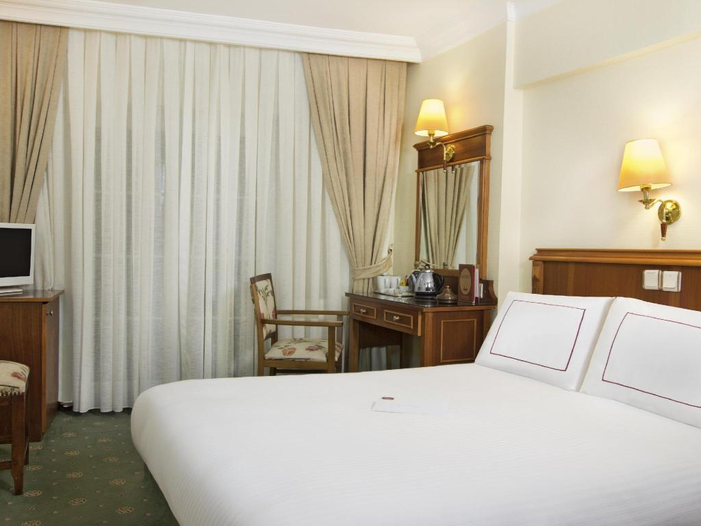 Standard Double or Twin Room - Guestroom Orient Express Hotel