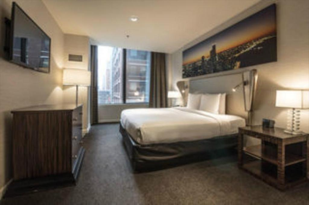 Twin Deluxe Cambria Hotel Chicago Magnificent Mile