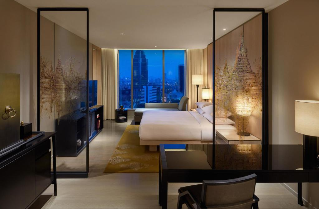1 King Bed - Bed Park Hyatt Bangkok