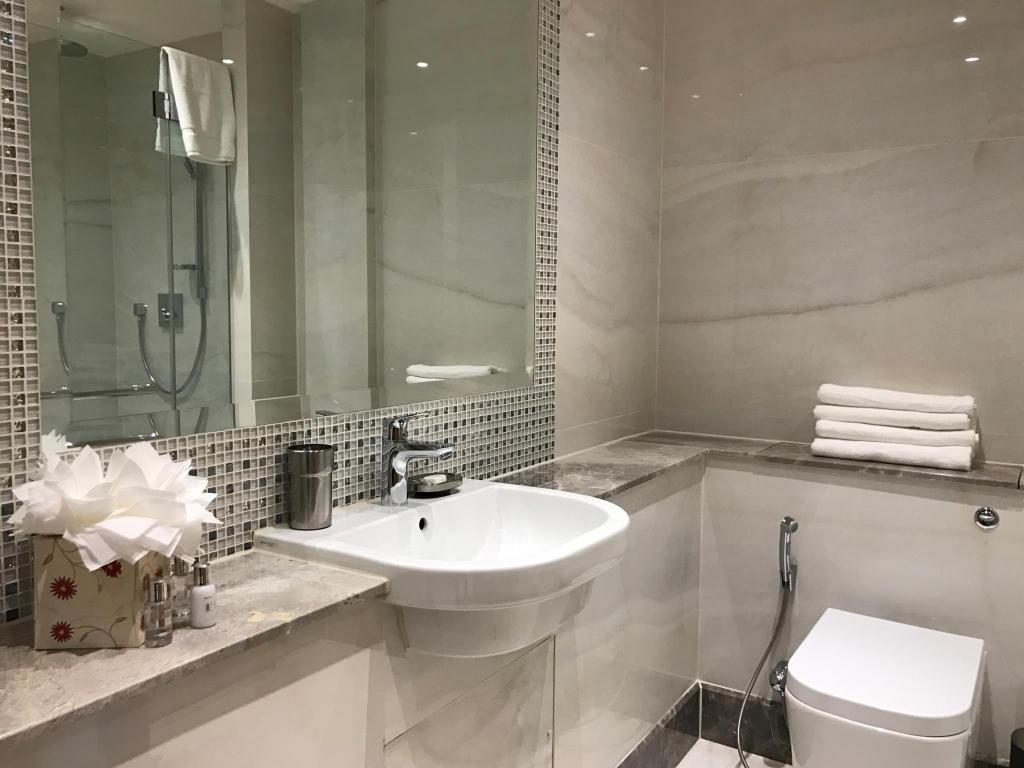1 Bedroom Superior Apartment - Bathroom Sanctum International Serviced Apartments Belsize