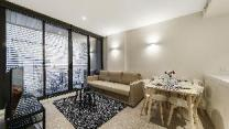 A Comfy & Central 2BR Apt Near Federation Square