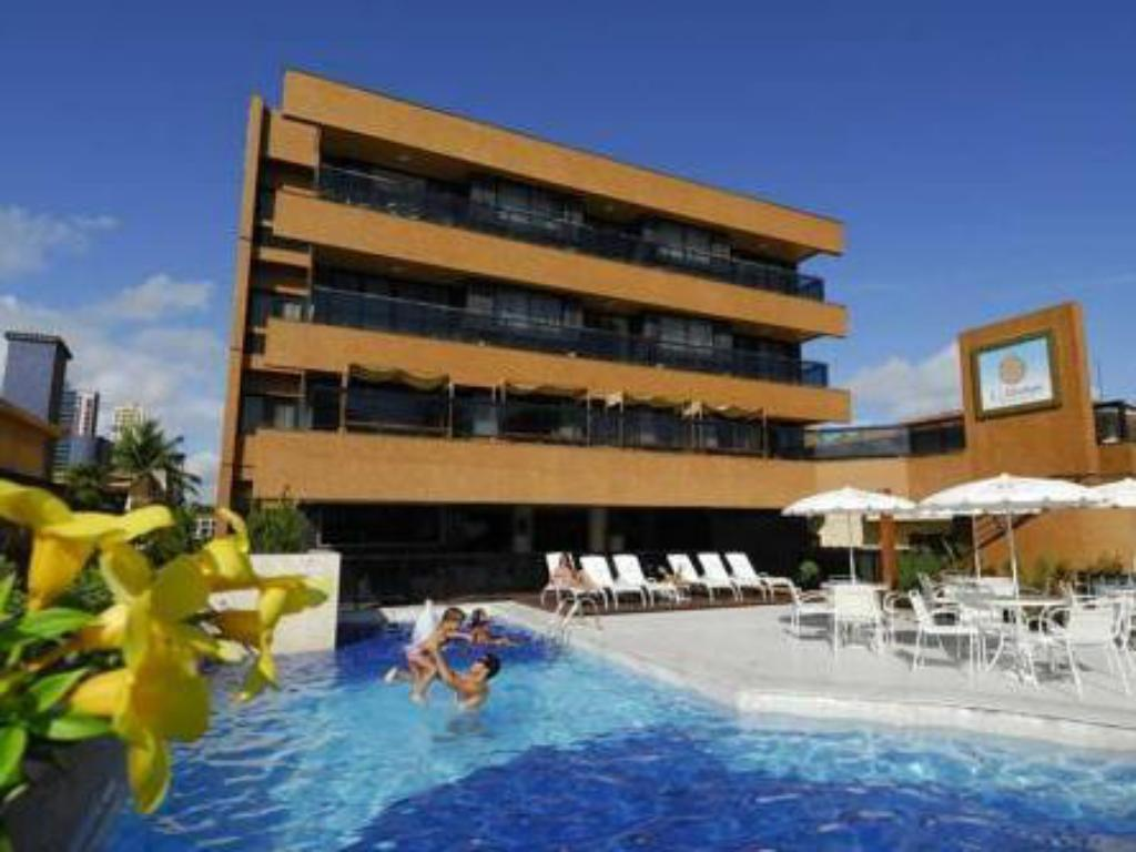 More About Hardman Praia Hotel