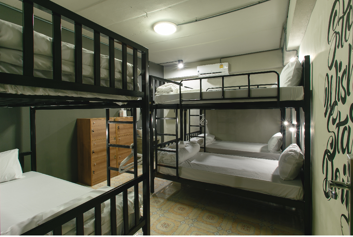 6 - Bed Mixed Dormitory