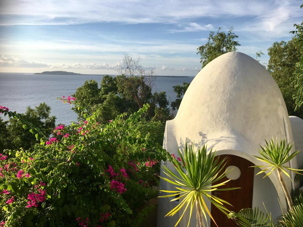 Mentigi Bay Dome Villa Lombok Resort Villa Deals S