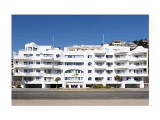 Apartamento Tres Dormitorios (Apartment Three Bedrooms)