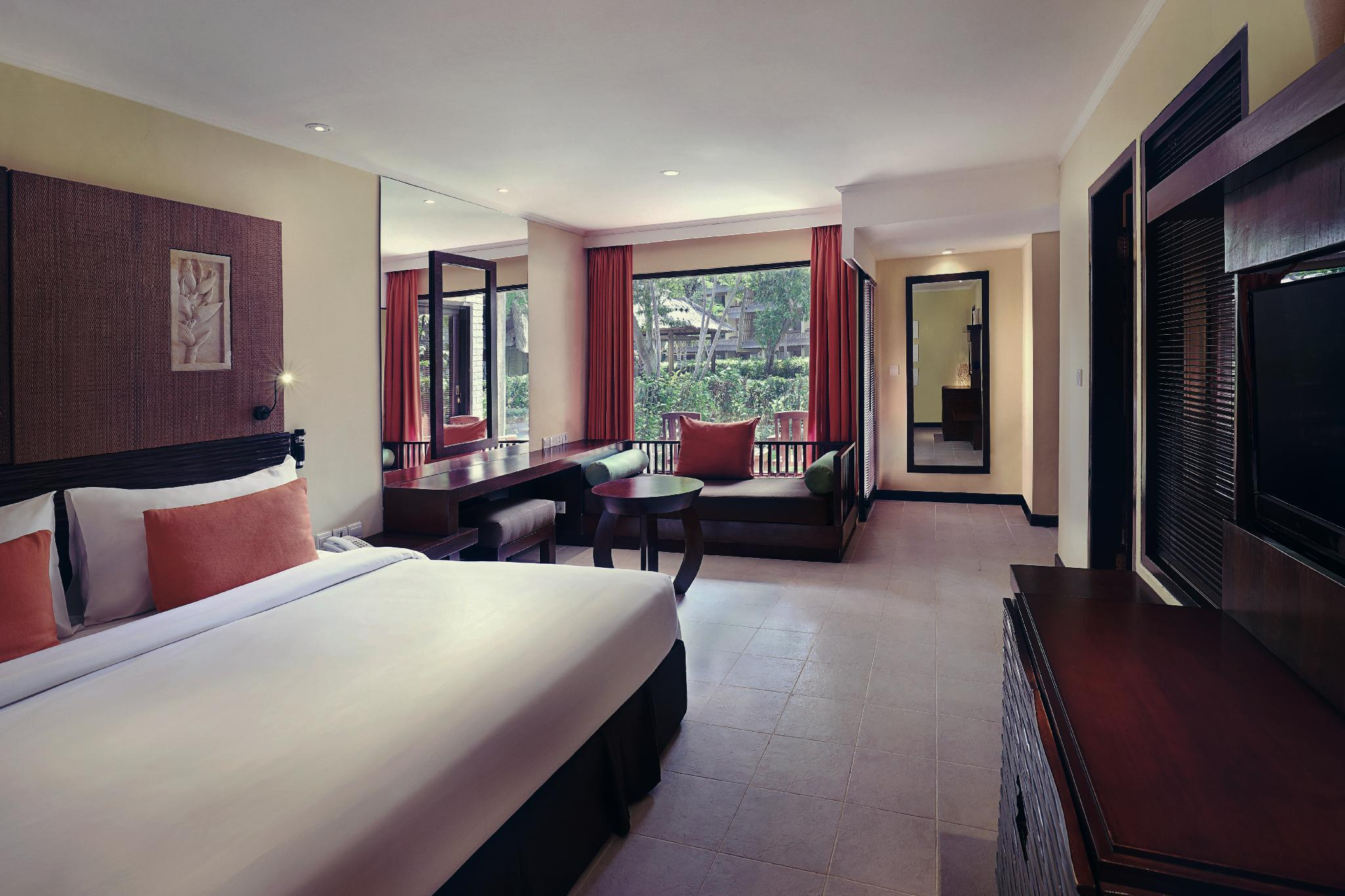 Executive Room with 1 King Bed