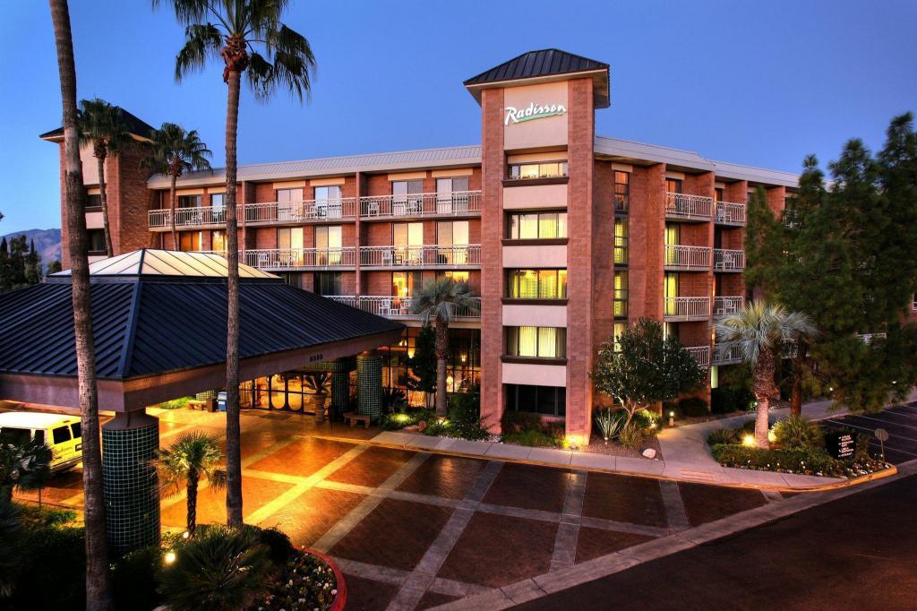 Radisson suites tucson hotel in tucson az room deals photos reviews for 2 bedroom suite hotels in tucson az