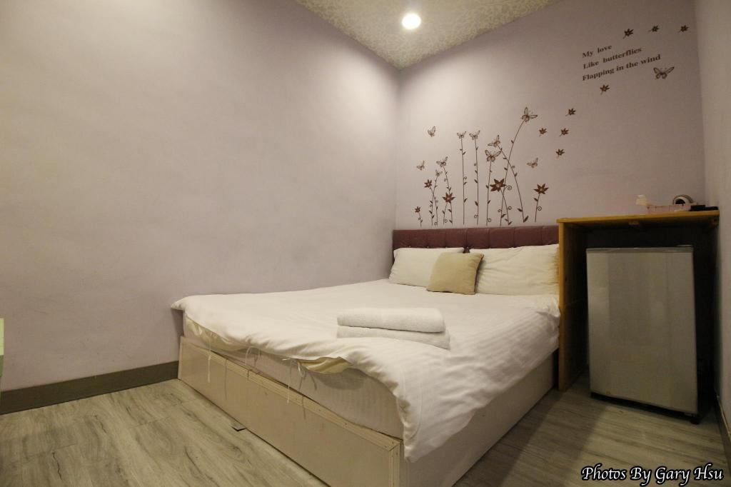 Interijer hotela Taichung Go-Around Hostel Standard Double Room7