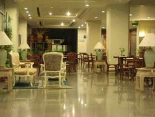 Manhattan Hotel Pathumthani