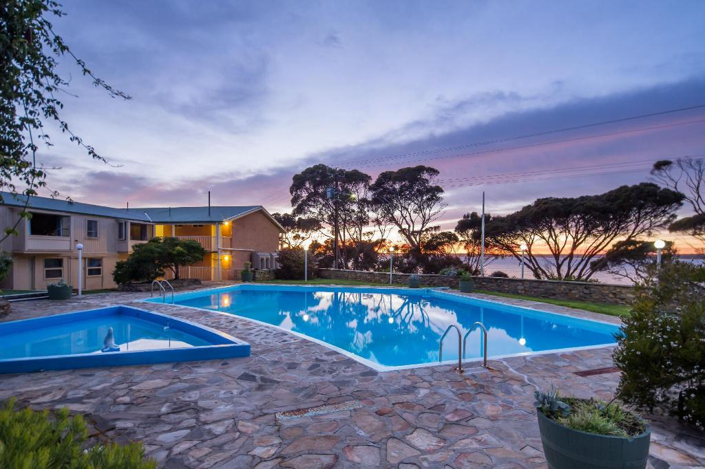 Swimming pool [outdoor] Mercure Kangaroo Island Lodge