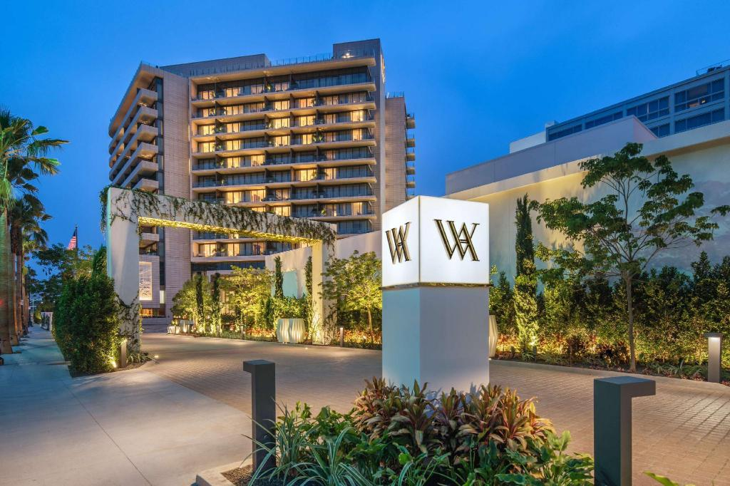 More about Waldorf Astoria Beverly Hills
