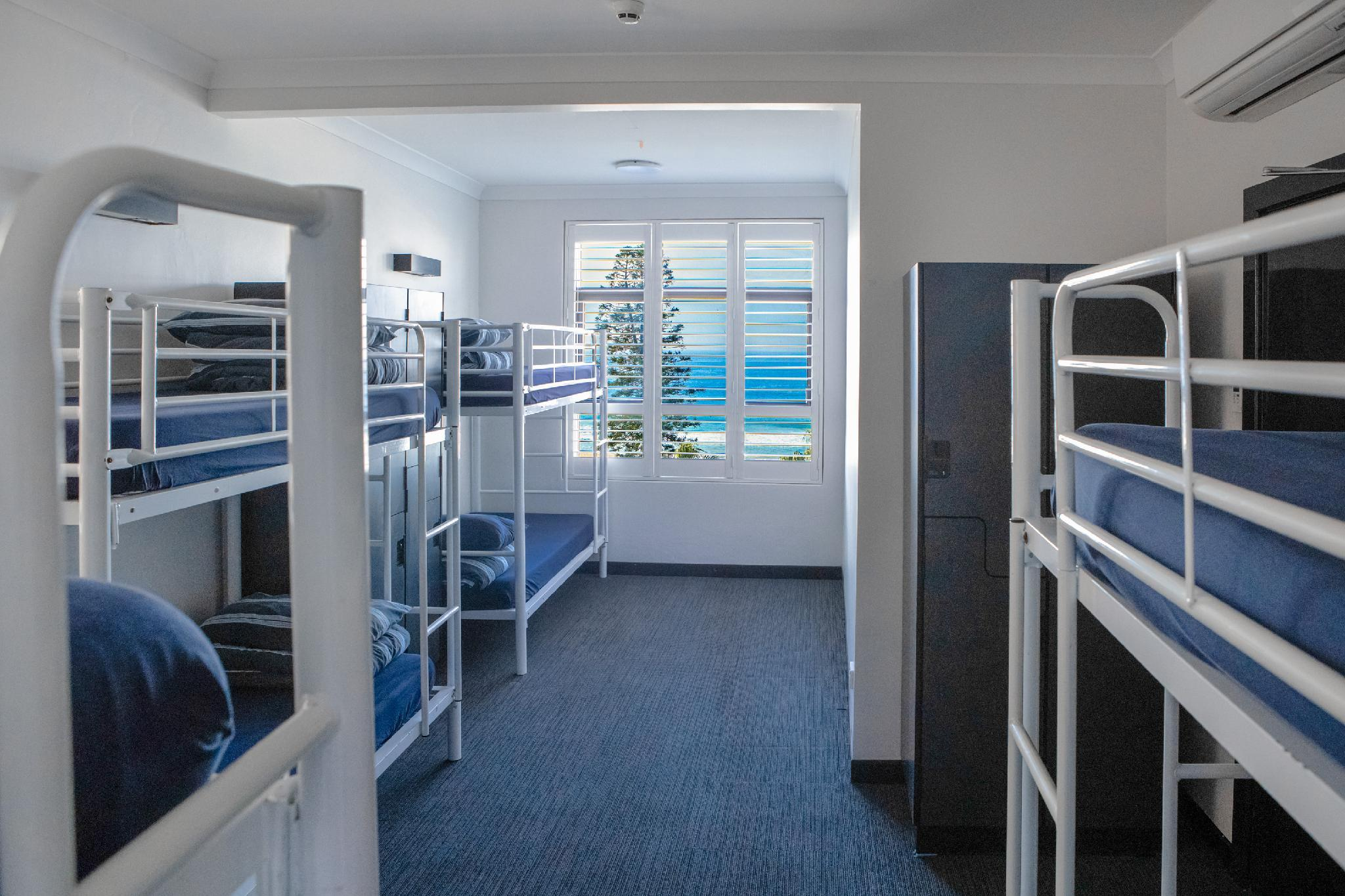 1 Person in 8-Bed Ocean View Dormitory - Mixed