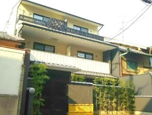 Kyogura Tofukuji Apartments