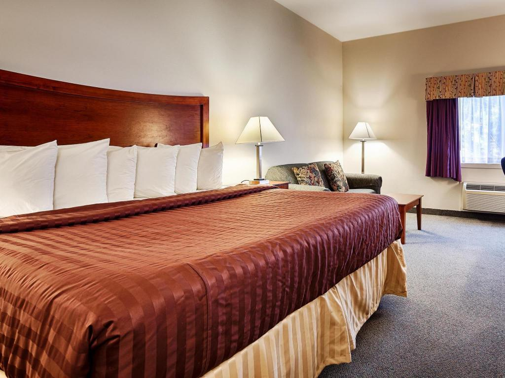 King Room - Non-Smoking - Bed Best Western Chambersburg