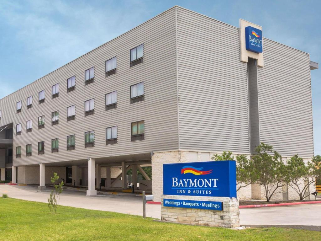 More about Baymont by Wyndham Columbus