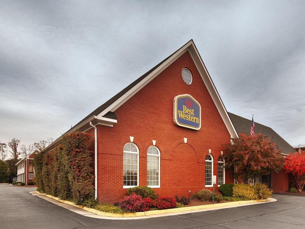 More about Best Western Fredericksburg