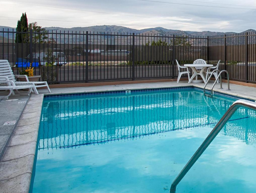 SureStay Hotel by Best Western Tehachapi