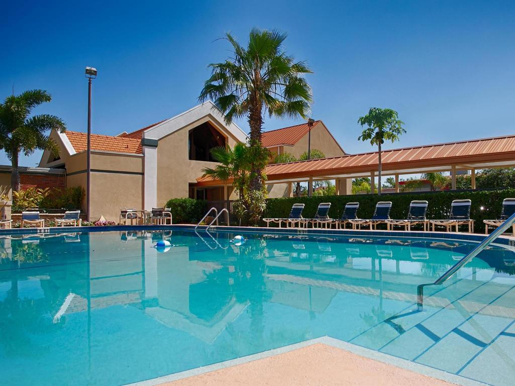 Swimming pool [outdoor] Best Western Orlando West