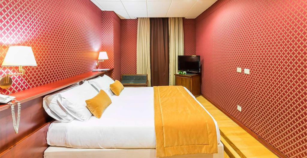 Superior Double or Twin Room - Guestroom
