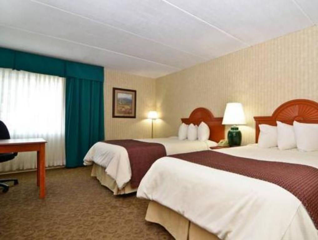 See all 60 photos Best Western PLUS The Inn at Smithfield