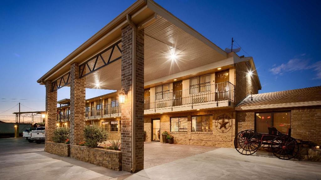 More About Best Western Caprock Inn