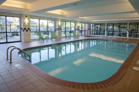 Swimming pool Best Western Plus Castlerock Inn and Suites
