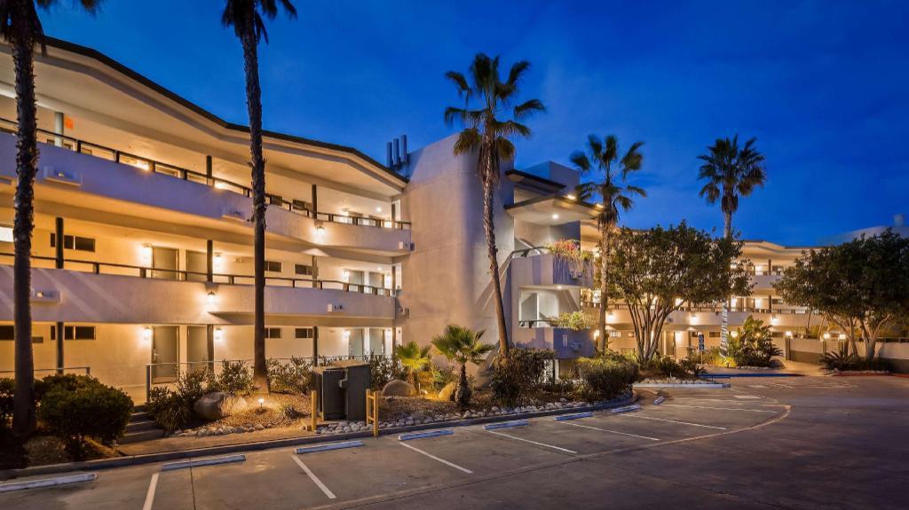 Best Western Encinitas Inn And Suites At Moonlight Beach