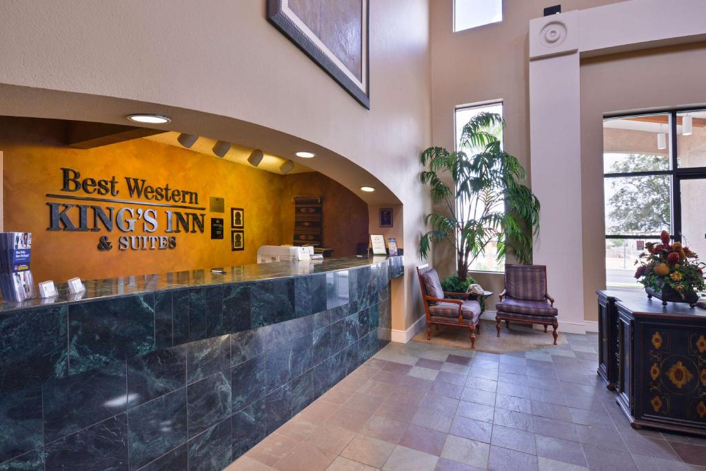 Lobby Best Western Plus Kings Inn and Suites