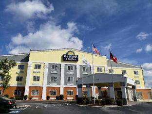 Days Inn & Suites by Wyndham Union City