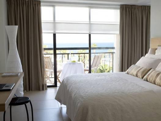 行政雙人或雙床海景房 (Executive Double or Twin Room with Sea View)
