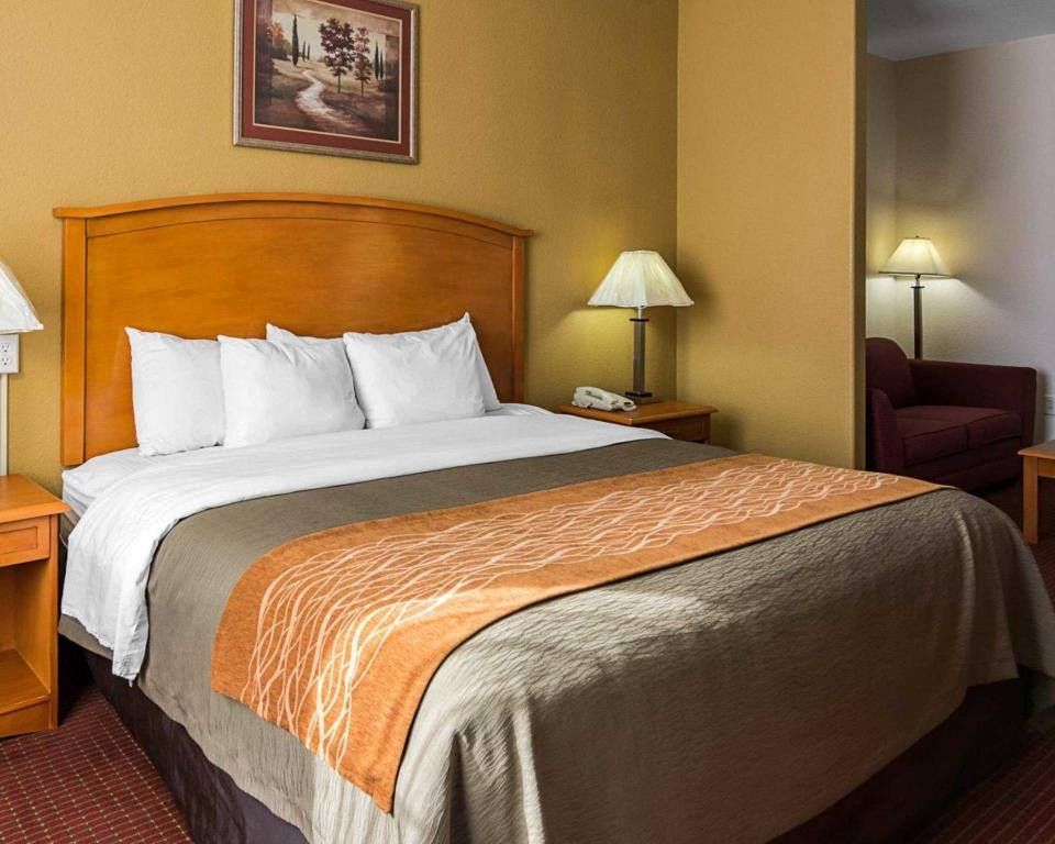 See all 31 photos Comfort Inn & Suites