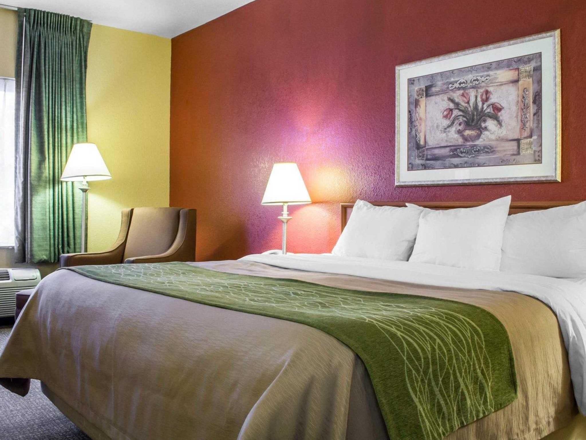 green comforter uga inn comfort view healthclub valley turismo hotels comfortinn az