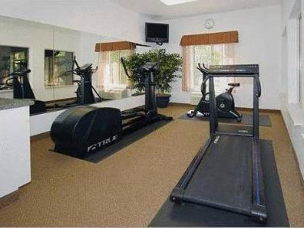 Fitness center Comfort Inn Atlantic City/Absecon Area
