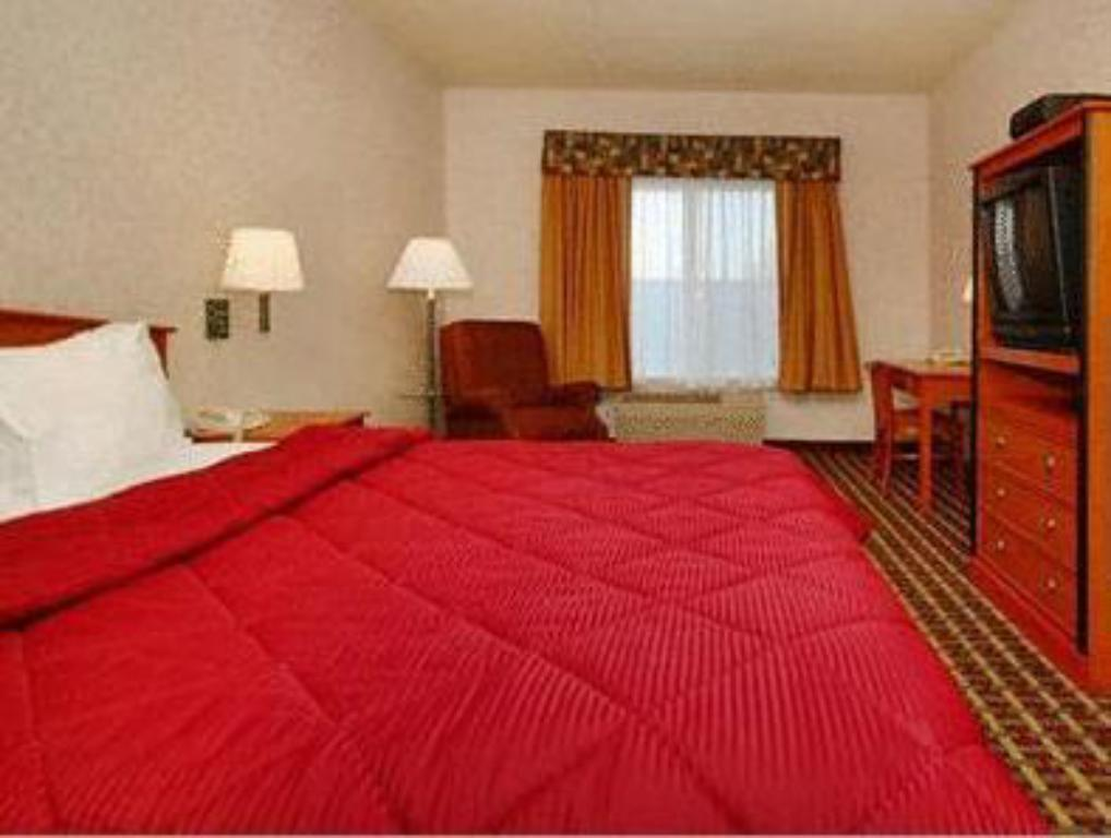 Junior Suite Comfort Inn Lathrop - Stockton Airport