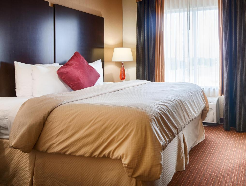 King Room Best Western PLUS DFW Airport West Euless