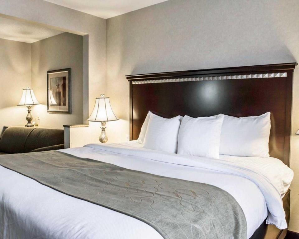 Veure totes les 33 fotos Comfort Suites Four Seasons