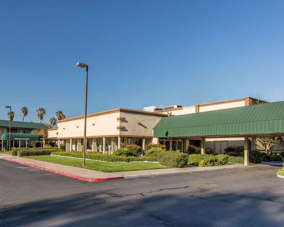 More about Days Inn by Wyndham Stockton