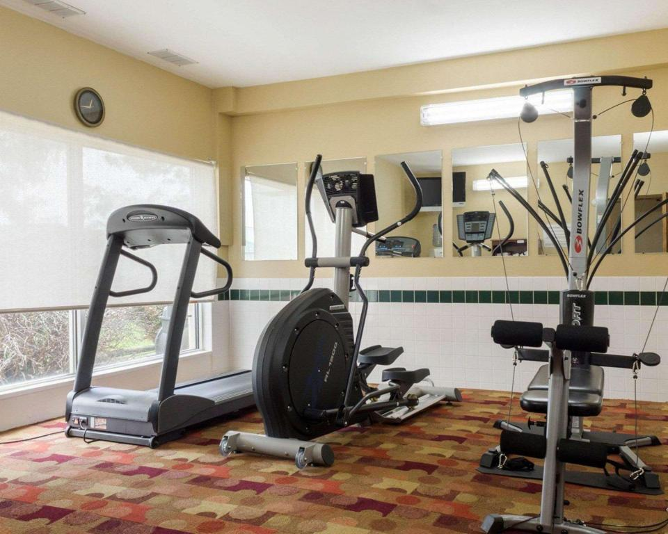Fitness center Quality Inn Hotel Brookings