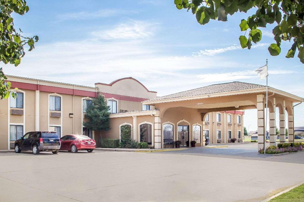 More about Motel 6 Claremore