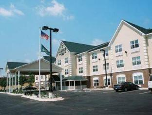 Country Inn & Suites by Radisson, Iron Mountain, MI