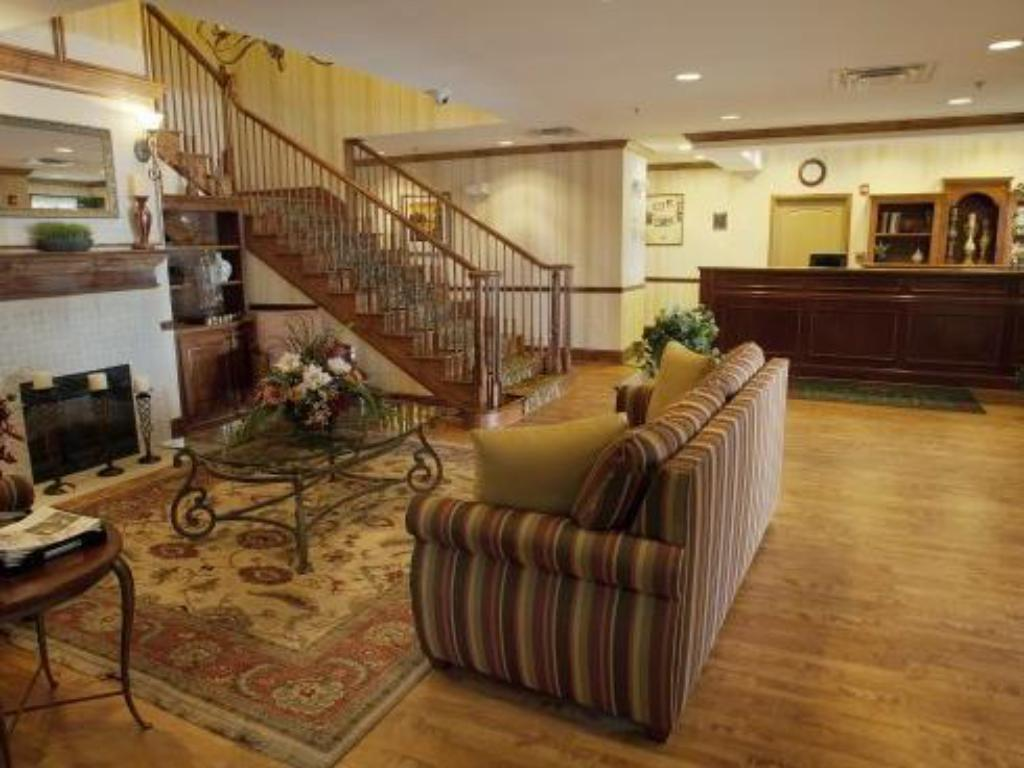 Empfangshalle Country Inn & Suites by Carlson Macon North