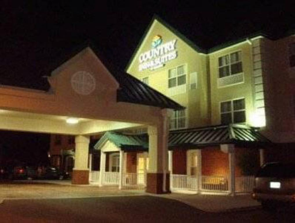 Country Inn & Suites by Radisson, Sumter, SC in Sumter (SC) - Room