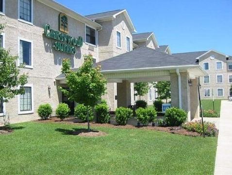 InTown Suites Baton Rouge in Baton Rouge (LA) - Room Deals, Photos ...