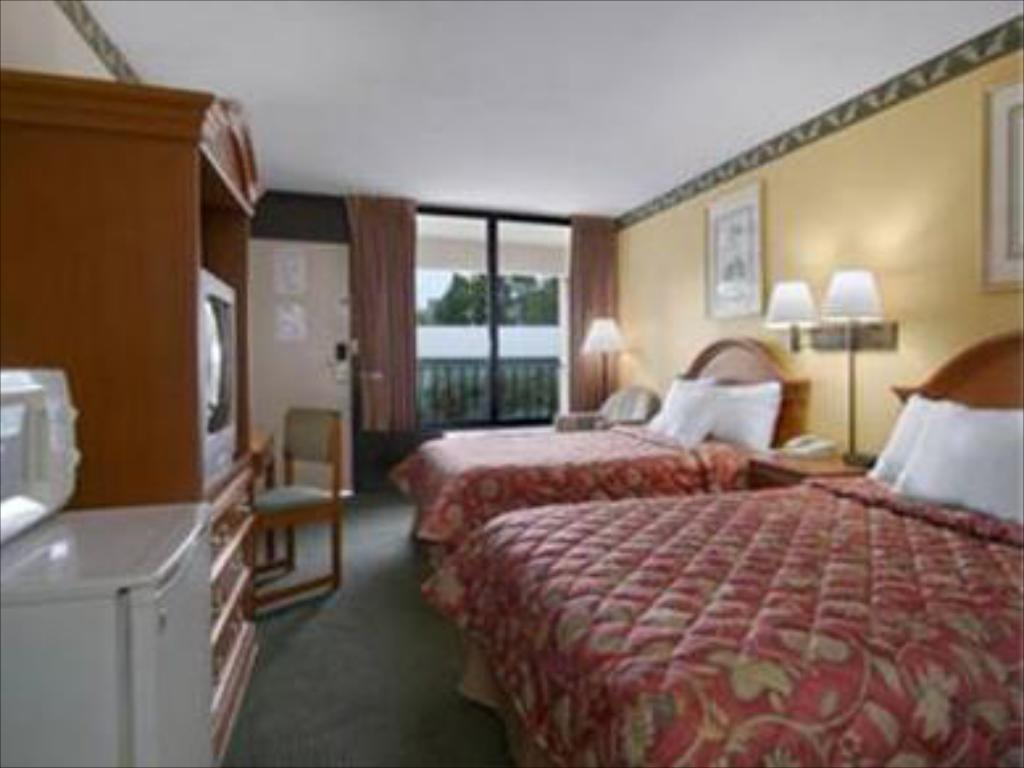 Lihat semuanya (14 foto) Days Inn by Wyndham Newark Wilmington