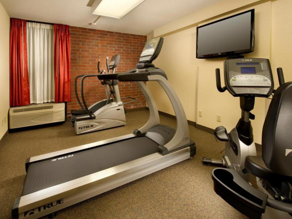 Fitness center Drury Inn Paducah
